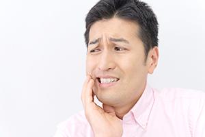 歯医者で口内炎の治療ができます
